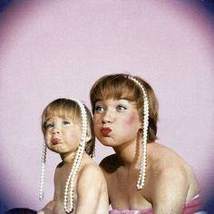 Shirley MacLaine with her daughter by Allan Grant, 1969