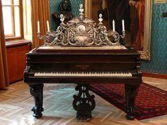 Chickering Antique Grand Piano. My favorite pianos. :)