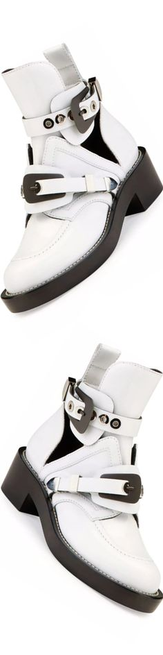 Balenciaga Buckle Leather 35mm Bootie, Blanc