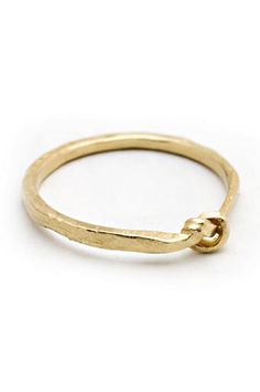 Simple gold love knot wedding ring