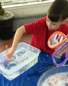 Homemade Bubble Solution and DIY Bubble Wands - Meet Penny