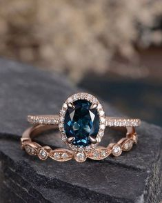 Vintage And Antique Engagement Rings Ideas 47