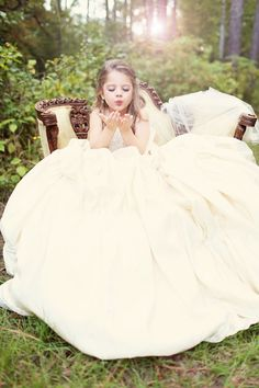 Take a picture of your daughter in your wedding dress! Child photography