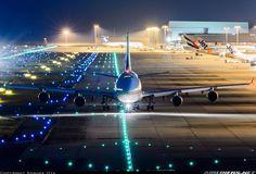 La Reina lista para su vuelo nocturno ✈️