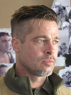 99 Beautiful Medium Length Hairstyles Ideas For Men In 2019 – Men's Hairstyles and Beard Models Brad Pitt Haarschnitt, Brad Pitt Fury Haircut, Short Hair Cuts, Short Hair Styles, Haircut Pictures, Look Man, Undercut Hairstyles, Easy Hairstyles, Quiff Haircut