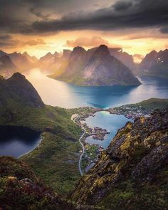 Lofoten islands, Norway - Quality in Travel - Nature travel Landscape Photography, Nature Photography, Travel Photography, Photography Tips, Places To Travel, Places To See, Tourist Places, Beautiful World, Beautiful Places