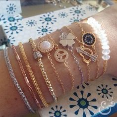 http://sophiejuliete.com.br/estilista/nandabordon semi joia pulseiras boho chic banho ouro 18k pulseirismo