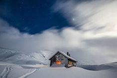 20 maisons perdues dans les montagnes pour être seul au monde ! | Actualités SeLoger