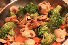 Meatless Meals for Meat Eaters: Sauteed Mushrooms, Carrots, and Broccoli in Garlic Sauce