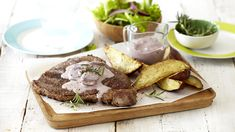 RUMP STEAK WITH RED WINE AND MUSHROOM SAUCE - What is a good steak without a sauce? Try this simple sauce recipe that will have your family and friends thinking you must be a professional chef!