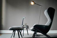 Un grand fauteuil relax et design avec repose-pieds, Cassina - Marie Claire Modern Furniture, Furniture Design, Space Furniture, Up House, Sofa Chair, Grey Chair, Interior Design Inspiration, Interior Architecture, House Styles
