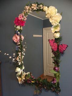FINN – NY PRIS! Flott dekorativt speil
