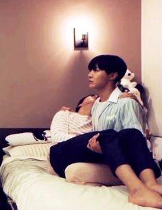 via GIPHY bts j-hope jungkook gif V E Jhope, Jimin Jungkook, Bts Bangtan Boy, Taehyung, Foto Bts, Jung Hoseok, K Pop, J Hope Gif, Les Bts