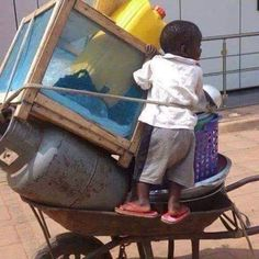 Amaning Theophilus: Life is not easy in Africa. Africa, Easy, Fun, Life, Design, Hilarious