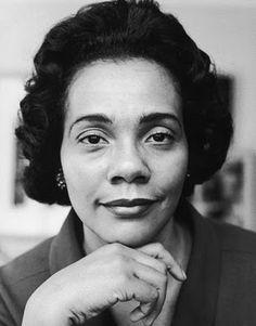 Coretta Scott King - 1927-2006 - Activiste leader pour les droits civiques des noirs américains après le mort de Luther King, son mari. Féministe active dans le Women's Lib et militante LGBT rights. Vegan les 10 dernières années de sa vie.