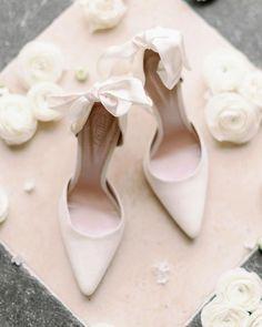 21 Most Wanted Wedding Shoes For Bride & Bridesmaids ❤ wedding-shoes-simple-with-bo emmylondon #weddingforward #wedding #bride