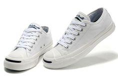 MAISHA NA AFYA: 5 Fantastic Shoes Every Man Need to wear