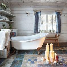 Фото интерьера санузла небольшого дома в стиле неоклассика