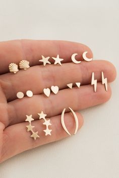Ear Jewelry, Dainty Jewelry, Cute Jewelry, Gold Jewelry, Cute Stud Earrings, Simple Earrings, Baby Earrings, Earring Studs, Dainty Earrings
