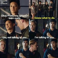 """Shadowhunters // Malec // HAHA Alec's face is just like, """"What I don't know what's going on don't ask me idek"""" Alec Lightwood, Jace Wayland, Alec And Jace, Clary E Jace, Shadowhunters Tv Show, Shadowhunters The Mortal Instruments, Fangirl, Immortal Instruments, Cassie Clare"""