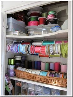 How to organize a crafts closet