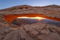 Mesa Arch_3-37-Bearbeitet-Bearbeitet-1.jpg