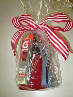 roommom27 Sports Gift Wrap Idea