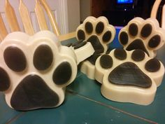 Oatmeal Honey Dog Shampoo Bars scented with dog friendly Essential Oils. These were so fun to make!