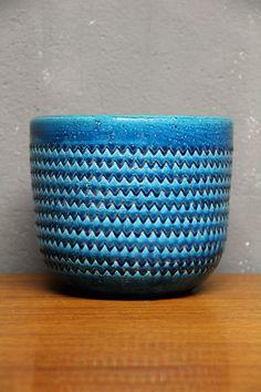 Aldo Londi; Glazed Earthenware Cache Pot for Bitossi, c1960.