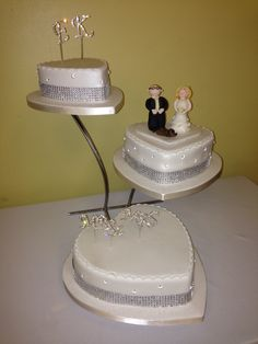Sparkly, heart shaped, 3 tier offset wedding cake