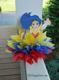 Every girl is a super hero on their birthday! Why not help them feel that way with an awesome DC Super Hero Girls birthday party. Wonder Woman Birthday, Wonder Woman Party, Birthday Woman, Superhero Party Decorations, Girl Superhero Party, Super Hero Decorations, Circus Decorations, Batman Party, 6th Birthday Parties