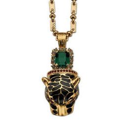 Mawi's stuff always has a couture feel. Emerald-green bling plus detailed panther head equals amazeballs.