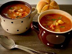 Zupa zbójnicka - Blog z apetytem Slow Food, Chana Masala, Cheeseburger Chowder, Fondue, Healthy Recipes, Healthy Food, Cooking, Ethnic Recipes, Blog