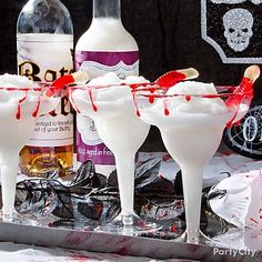 Shocktails! Creepy & classic Halloween cocktails | Pina Ghouladas