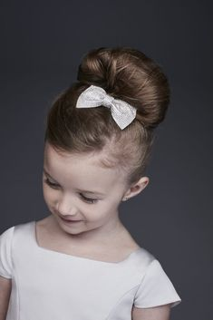 This sparkly, shiny, pretty-as-can-be hair bow is the perfect statement accessory for your flower girl. Plastic, synthetic fabric L, W Imported Kids Updo Hairstyles, Wedding Hairstyles For Girls, Cute Little Girl Hairstyles, Flower Girl Hairstyles, Girl Hair Dos, Girl Short Hair, Flower Girl Hair Accessories, Wedding Hair Accessories, Infinity Hair