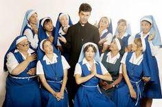 Las Hermanas del convento Santa Rosa y el Padre Tomas