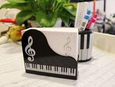 Piano notes music box notes on paper stationery set.  Very cute.  Maybe I could make something like this!