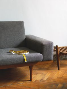 A 1959 teak-framed nine-foot-long SW 50-4 sofa by Illum Wikkelsø for the Danish furniture company Søren Willadsen sits pretty | Dwell