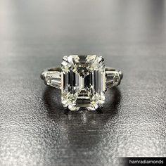 Three stone emerald cut engagement ring made to perfection! Emerald Cut Diamonds, Princess Cut Diamonds, Diamond Cuts, Emerald Cut Engagement, Best Engagement Rings, 3 Stone Diamond Ring, Three Stone Rings, Fashion Rings, Wedding Rings