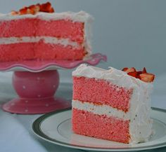 Cake Fixation: Strawberries and Pink Champagne Cake Recipe