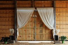 Country Style Barn Wedding with door draping Outdoor Wedding Tables, Wedding Ceremony Backdrop, Barn Wedding Venue, Barn Weddings, Wedding Backdrops, Reception, Rustic Wedding Colors, Rustic Wedding Centerpieces, Cowgirl Wedding