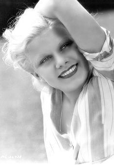 For Love of Old Hollywood Glamor - Jean Harlow Old Hollywood Glamour, Golden Age Of Hollywood, Vintage Hollywood, Hollywood Stars, Classic Hollywood, Vintage Glamour, Jean Harlow, Old Movie Stars, Classic Movie Stars