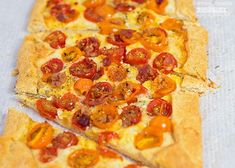 I'm sharing the recipe for this delicious and super easy to make Tomato Galette. Such a tasty recipe to use up your end of the summer tomatoes, plus you can never go wrong with any Crescent Roll Dough, Crescent Roll Recipes, Crescent Rolls, Brunch Recipes, Dessert Recipes, Easy Recipes, Best Potato Salad Recipe, Grilled Cheese Avocado, Fancy Appetizers