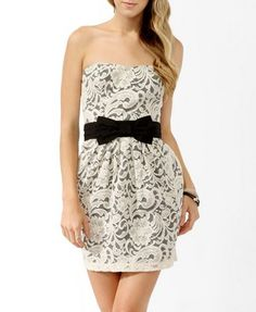 Strapless Paisley Lace Dress from Forever 21. Love the contrast of this dress.