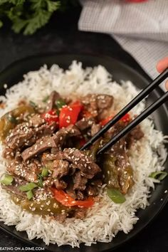 Need an easy crock pot recipe? This Crockpot Pepper Steak Recipe is delicious! Easy slow cooker pepper steak and rice recipe is simple to make and delicious. This Chinese pepper steak recipe the best healthy beef stir fry recipe and is one of my favorite slow cooker easy recipes. You will love this Eating on a Dime Recipe! #eatingonadime #crockpotrecipes #steakrecipes #beefrecipes Pepper Steak Recipe Easy, Crockpot Pepper Steak, Easy Steak Recipes, Healthy Crockpot Recipes, Meat Recipes, Easy Dinner Recipes, Pepper Steak And Rice, Chinese Pepper Steak, Slow Cooker Recipes