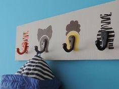 Decoração de quarto de menino - Cabideiro de bichinhos » Mãe de Menino