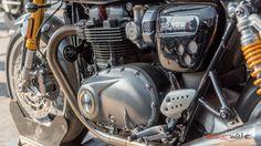 2016 Triumph Thruxton R Photo Gallery
