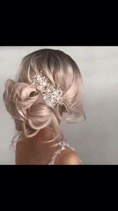 Wedding Hairstyles Tutorial, Bride Hairstyles, Wedding Hair Tutorials, Hair Up Styles, Medium Hair Styles, Curly Wedding Hair, Bridal Hair, Hair Tutorials For Medium Hair, Hair Videos