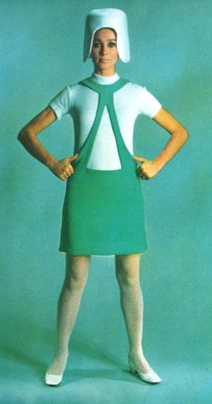 Space age fashion by Pierre Cardin for NRC Couture, March 60s And 70s Fashion, Fashion Mode, Retro Fashion, Trendy Fashion, Vintage Fashion, Sporty Fashion, Ski Fashion, Winter Fashion, Couture Mode