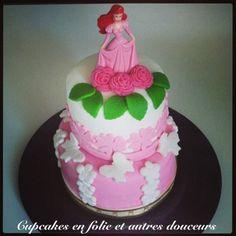 Wedding Cake Ariel (en rose et blanc) - Le blog de cupcakes en folie et autres douceurs...